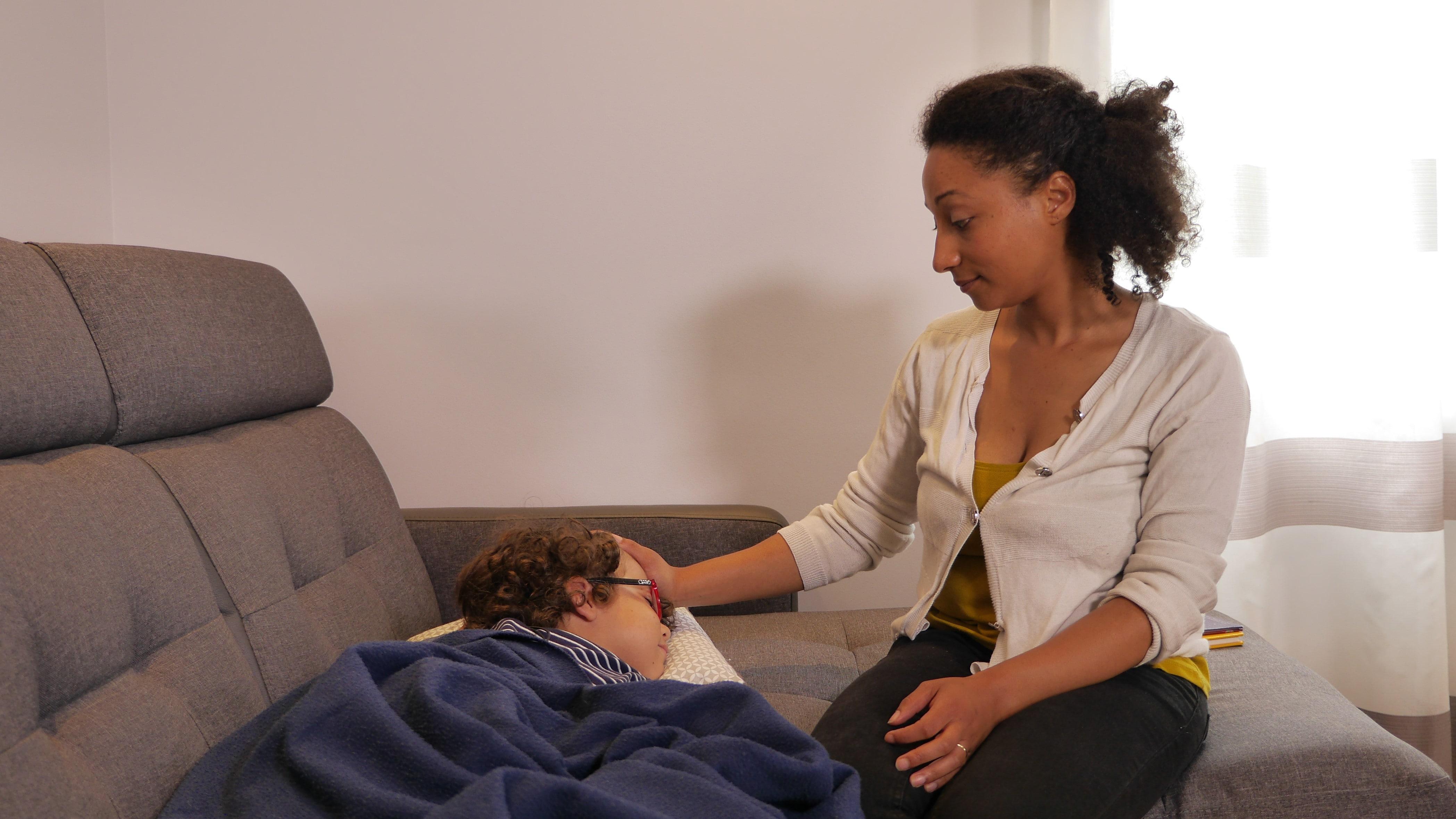 surveillance enfant malade - free dom